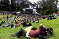 Sutro Stage Couple - by Pat Tyrrell